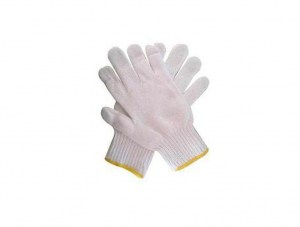 white-woolen-hand-gloves